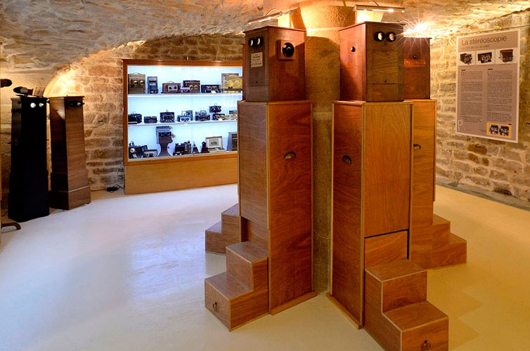Musee-stereo